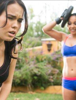 Megan Rain лижет киску своей подружке Adriana Luna